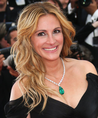 Julia Roberts Hand-Makes These Tasty Snacks for Her Kids' Soccer Practice