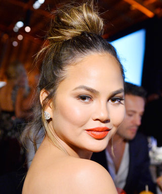 Say Aloha to Chrissy Teigen's Tropical Baby Bump
