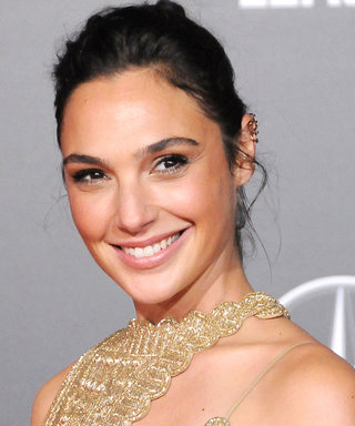 Wonder Woman Gal Gadot Just Made Kelly Clarkson's Daughter's Day
