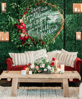 How to Add Subtle Holiday Cheer to Your Wedding
