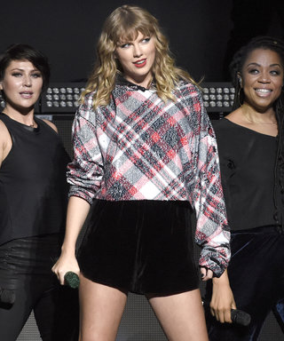 Watch James Corden Hilariously Tryto Fill in as Taylor Swift's Backup Dancer