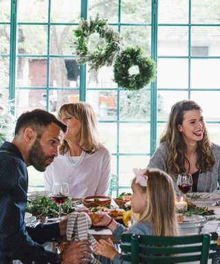 6 Long Distance Ways to Connect with Your Family Over the Holidays