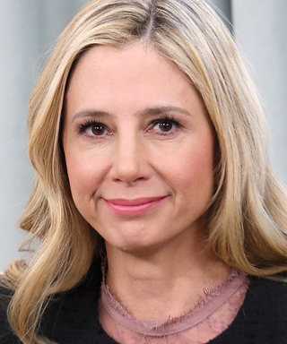 Mira Sorvino Says She'll Never Work with Woody Allen Again in an Apology to Dylan Farrow