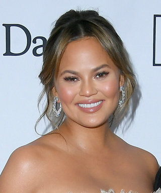 Chrissy Teigen and Her Bump Dazzled on the Red Carpet Pre-Grammys