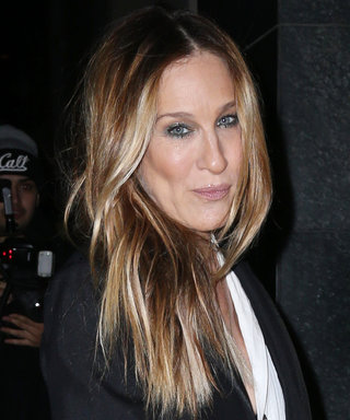 Sarah Jessica Parker Demos the One Trick That Instantly Upgrades Jeans