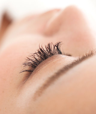 The Pros and Cons of Getting Eyelash Extensions