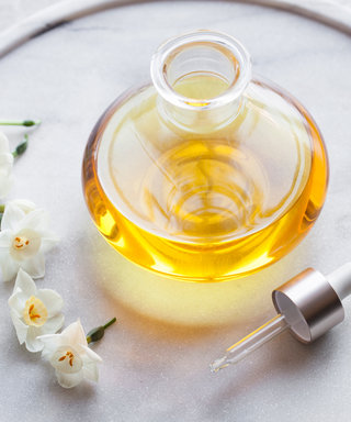 This Is the One Oil That Fixes Dry Skin AND Hair
