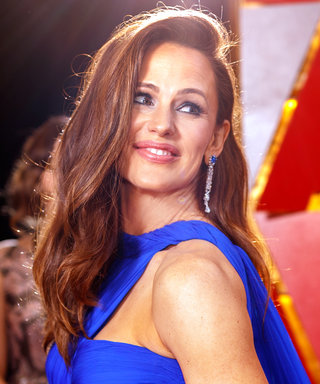So This Is What Jennifer Garner Was Thinking About During Her Viral Oscars Moment