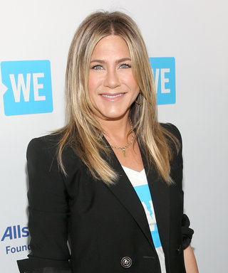 Jennifer Aniston Is Injured for Her First Appearance Since the Justin Theroux Split