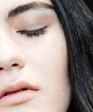 Does Castor Oil Actually Make Your Lashes Grow?