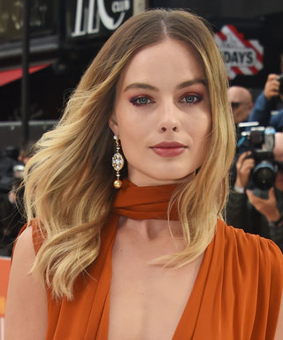 Margot Robbie Broke a Major Fashion and Beauty Rule on the Red Carpet