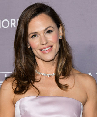Jennifer Garner Wore the Happiest Sweater While Learning How to Do Her Hair Virtually
