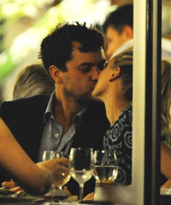 DATE NIGHT: Diane Kruger and Joshua Jackson enjoy a romantic evening in Cannes!