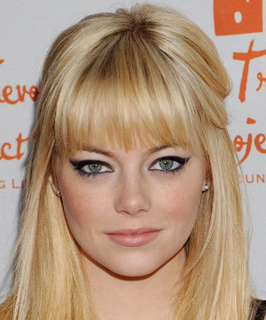 SEE PICS: Emma Stone goes from brunette to blonde!