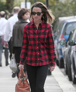 Pippa Middleton goes preppy in plaid shirt