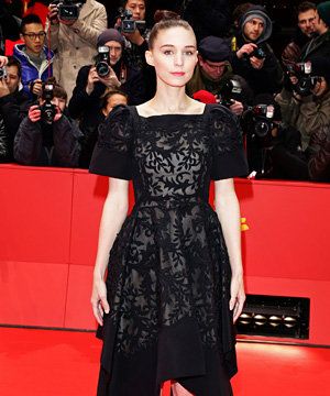 Rooney Mara's back in black for Berlin premiere of Side Effects