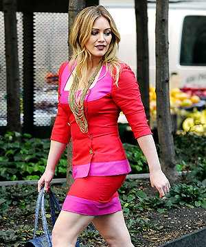 Hilary Duff brightens up set of new film