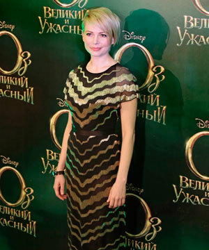 Short hairstyle inspiration: Michelle Williams' grown-out pixie crop