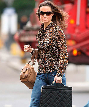 After London Fashion Week, it's back to workwear for Pippa Middleton!
