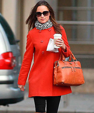 COLD WEATHER STYLE: Pippa Middleton matches Zara coat to her nails!