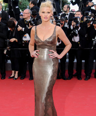 Lara Stone Gives An Expert Lesson In How To Do Post-Break-Up Style