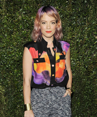Why Is Lily Allen—Married With Two Kids—On Tinder?!