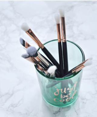 Makeup Brushes – Decoded For Dummies