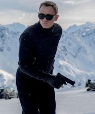 Here's Our First Look at Daniel Craig as 007 in Spectre