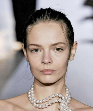 Accessory of the Day: Stella McCartney Pearls at Paris Fashion Week