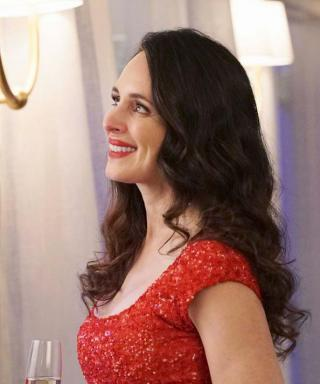 Revenge Season 4, Episode 16: All About Victoria's Red Fourth of July Dress