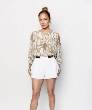 Found It: Jennifer Lopez's Sexy, Sexy Spring Outfit from Last Night's American Idol