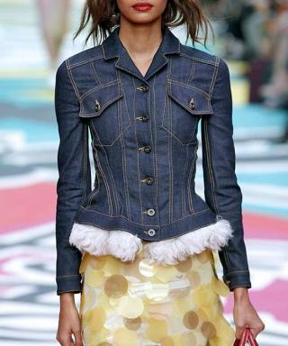 23 Ways to Style a Denim Jacket, Inspired by the Stars