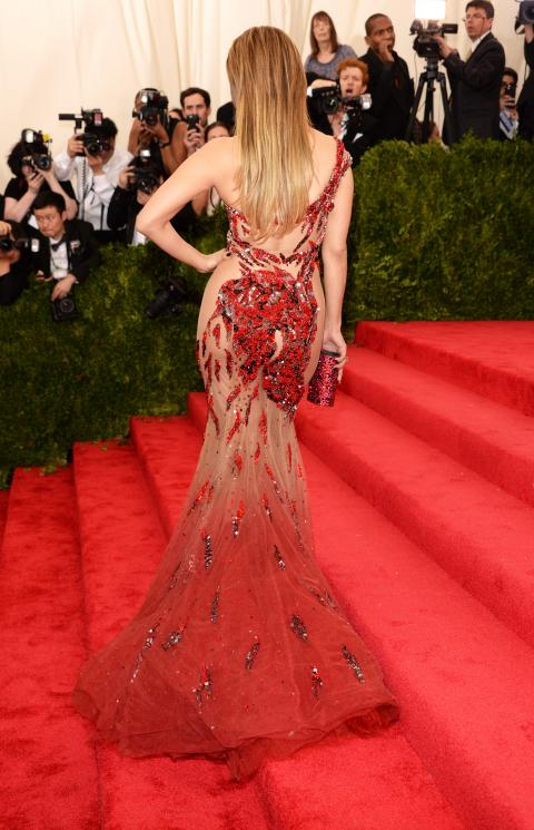 Jennifer Lopez/Met Gala 2015 Dress - Embed 2