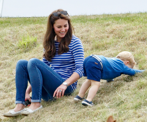 Kate Middleton and Prince George - Embed 1