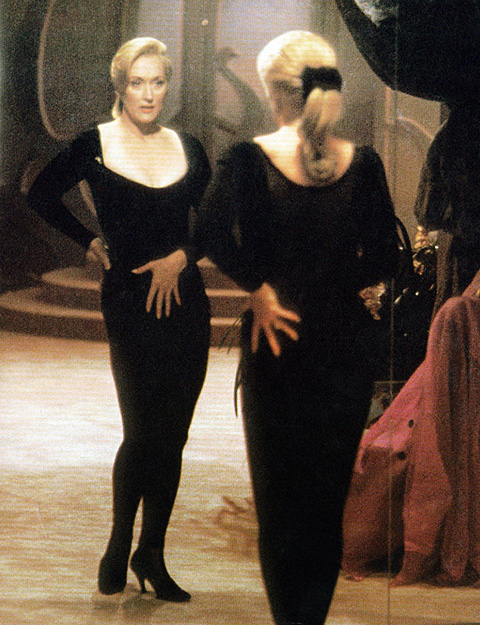 DEATH BECOMES HER, Meryl Streep, 1992, © Universal/courtesy Everett Collection