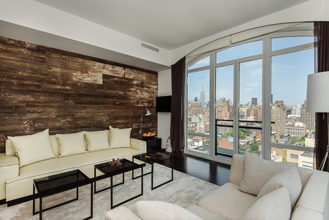 Hillary Swank's Apartment - Embed 4