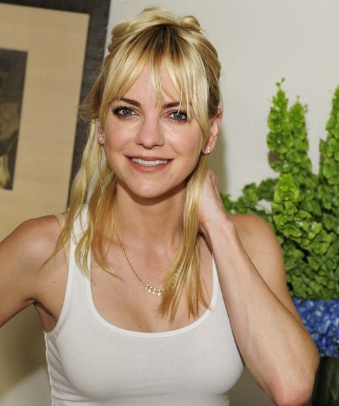 Nude Pictures Of Anna Faris 91