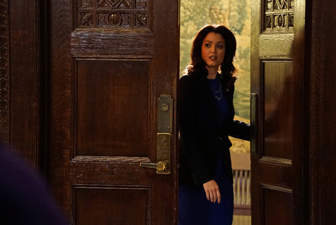 Scandal Fashion Recap - Embed 4