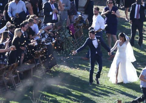51894948 Actress Jamie Chung and Bryan Greenberg tie the knot on Halloween at El Capitan Canyon in Santa Barbara, California on October 31, 2015. The pair were surrounded by friends and family during the romantic secluded wedding. FameFlynet, Inc - Beverl