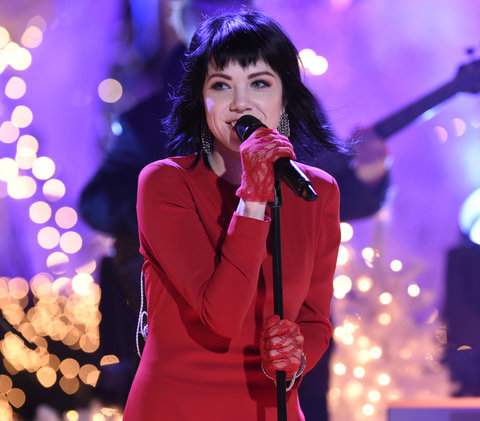"CHRISTMAS IN ROCKEFELLER CENTER -- Pictured: Carly Rae Jepsen rehearses for NBC's ""Christmas in Rockefeller Center""  -- (Photo by: Peter Kramer/NBC/NBCU Photo Bank)"