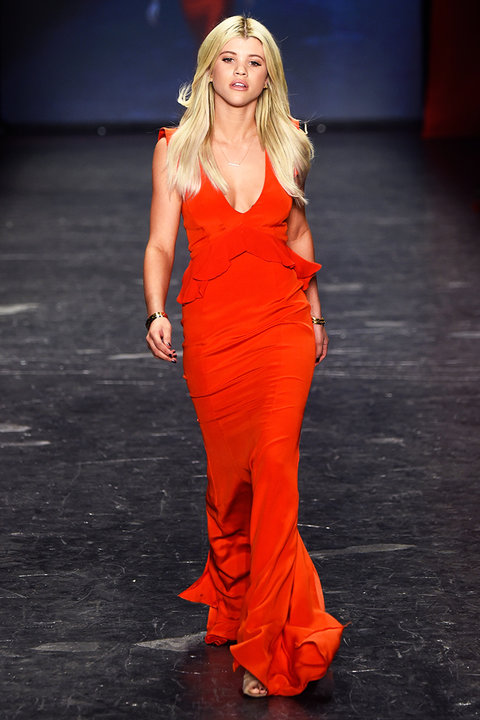 Inside the 2016 Go Red for Women Red Dress Collection Show ...