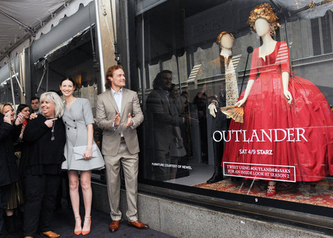 Outlander Saks Fifth Ave Costume Window - Embed 2016