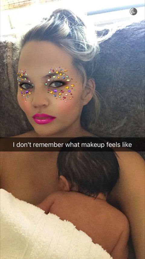 Chrissy Teigen and Daughter Luna Snapchat - Embed 2