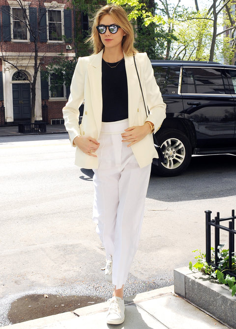 Karlie Kloss Street Style - Embed