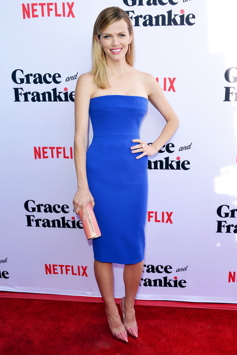 Grace Frankie Premiere Brooklyn Decker - Embed 2016
