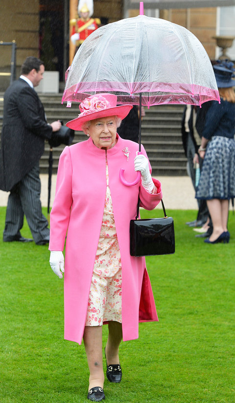 Queen Elizabeth Pink Umbrella 5/10 - Embed 2016