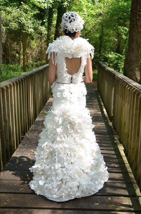Toilet Paper Wedding Dress Wedding Dress Made From Toilet Paper