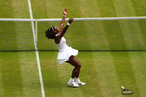 LONDON, ENGLAND - JULY 09:  Serena Williams of The United States celebrates victory following The Ladies Singles Final against Angelique Kerber of Germany on day twelve of the Wimbledon Lawn Tennis Championships at the All England Lawn Tennis and Croquet