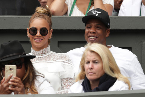 LONDON, ENGLAND - JULY 09:  Jay Z and Beyonce watch on as Serena Williams of The United States and Angelique Kerber of Germany play in the Ladies Singles Final match on day twelve of the Wimbledon Lawn Tennis Championships at the All England Lawn Tennis a