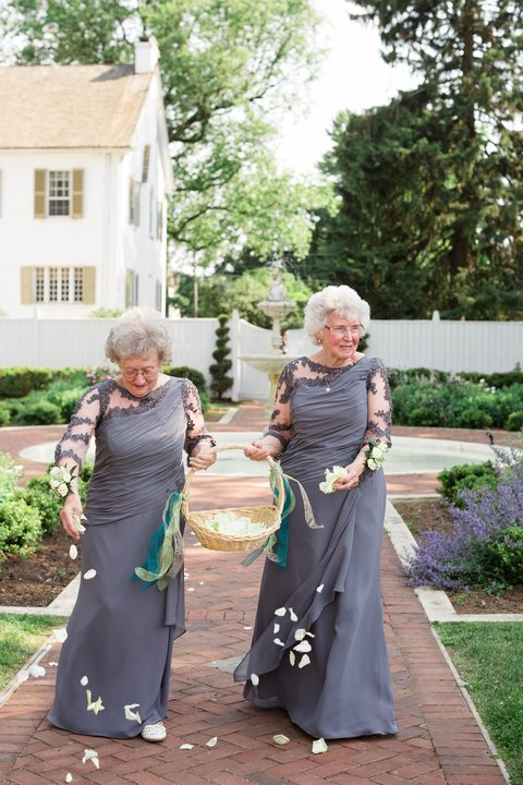 Grandma Flower Girls Embed